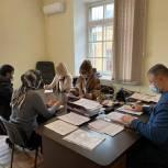 Асият Алиева рассмотрела обращения граждан с выездом на место
