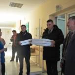 Медицинских работников Малоярославецкой больницы поздравили с Новым годом