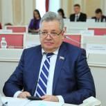 Николай Макаров провел дистанционный прием граждан