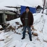 Областной депутат организовал доставку дров для пенсионеров Каштака и Черемошников