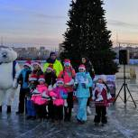 Единороссы помогли обустроить новый каток на озере Чан во Владивостоке