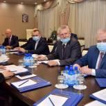 Фракция «Единая Россия» обсудила участие парламентариев в реализации партийных проектов