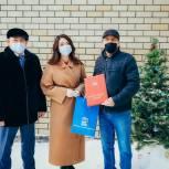 «Серебряный» волонтер из Ялуторовска получил областную награду