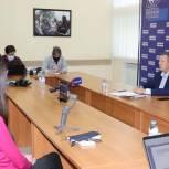 Панков рассказал о роли партии в волонтёрской работе и помощи врачам