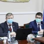 Лутовинов поднял в Москве кадровую проблему авиапредприятий Крайнего Севера