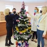 Королёвскую больницу украсили к Новому году