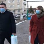 Андрей Воробьев передал маски и перчатки в больницу и детский сад