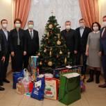 Депутаты-единороссы Рязанской городской Думы присоединились к федеральному проекту «Елка желаний»