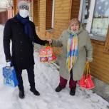 Спасские депутаты подготовили подарки жителям города