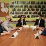 Юлия Рокотянская наградила волонтеров, работавших в «красной» и «зеленой» зонах областной клинической больницы