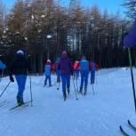 Новогодний подарок юным лыжникам и танцорам Магадана преподнёс Александр Вахов