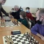 В Липецке стартовал шахматный турнир на кубок «Единой России»