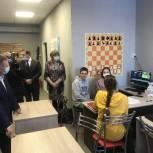 Панков: С коллективом школы подготовим предложения по обновлению спортивной площадки в Елшанке
