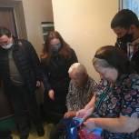 Координатор партпроекта поздравила ветерана Великой Отечественной войны с 97-летием