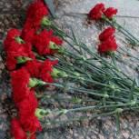 Единороссы Алтайского края возложат цветы к 450 памятникам Великой Отечественной войны