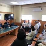 Абдулмажид Маграмов посетил Центр микрохирургии глаза в Каспийске