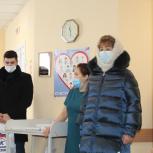 Татьяна Гигель поздравила сотрудников ковид-госпиталя с праздником