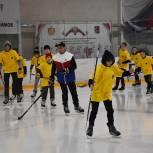 Для юных сасовцев провели тренировку на ледовой арене