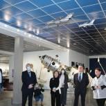 Ирина Роднина посетила музей «НПО Лавочкина» в День российской науки