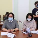 Елена Волкова предложила организовать в муниципалитетах службы по обращению с безнадзорными животными