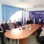 Надымским единороссам презентовали фильм «Вечная слава подвигу деревни!»