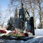 Солнечногорские партийцы почтили память воинов-интернационалистов