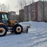 Евгений Рудак: «В уборке Смоленска задействован весь парк техники, привлечены крупные строительные и дорожные предприятия»