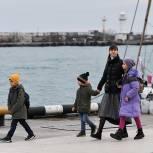Госдума единогласно приняла инициированный «Единой Россией» закон о расширении права многодетных на отпуск в удобное время