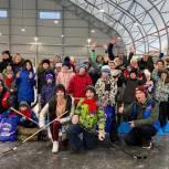 В Мурманске прошел организованный сторонниками «Единой России» детский турнир «Хоккей в валенках»