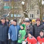 Детский спорт: предварительные этапы игр по хоккею  среди дворовых команд продолжаются