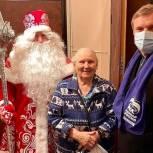 В Балашихе поздравили с новогодними праздниками ветерана Великой Отечественной войны