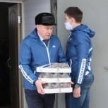 Медикам Пензенской районной больницы передали продуктовые наборы