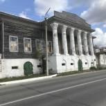 В Касимове единороссы помогли расчистить территорию объекта культурного наследия