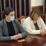 Зумруд Бучаева организовала доставку питьевой воды в медучреждения Буйнакска