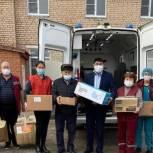 На новогодние праздники медработникам Яшкульской районной больницы была предоставлена спонсорская помощь