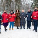Владимир Жук передал топливные карты волонтёрам Лыткарино
