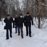 Единороссы Балашихи обсудили с жителями микрорайона Южный благоустройство сквера