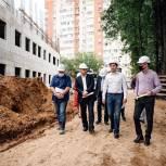 В Щёлково Андрей Булгаков проверил ход строительства второго корпуса лицея №7