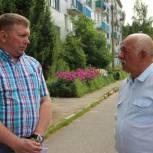 Виктор Иващенко рассказал жителям Пустошки о порядке включения многоквартирных домов в программу капитального ремонта