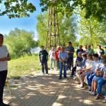 Тарас Ефимов обсудил с жителями концепцию благоустройства Саввинского пруда в Балашихе