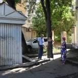 Глава города Владимир Мутовкин выехал на улицу Кирова по обращению жителей дома №10