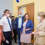 Елена Шмелева предложила расширить программу капремонта школ