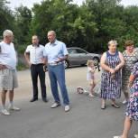 Владимир Мутовкин обсудил с жителями улиц Столярная и Черкасова вопросы благоустройства
