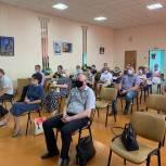 Дмитрий Петров ответил на вопросы избирателей в Бессоновском районе