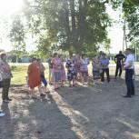Кущевские депутаты проводят встречи с жителями