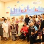 Денис Майданов посетил краснознаменский клуб «Активное долголетие»