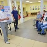 Владимир Шапкин встретился с молодогвардейцами Балашихи