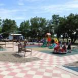 В Кизлярском районе Дагестана в рамках программы «Формирование комфортной городской среды» появился новый сквер