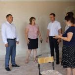 Андрей Селезнёв: в Дубовском районе ведётся масштабная работа по подготовке образовательных учреждений к новому учебному году