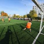 При поддержке депутатов «Единой России» у школы №103 Металлургического района появиться новый стадион